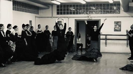 El Conservatorio de Danza anima al alumnado tras otro estreno frustrado