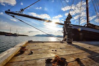 """Photo: Petite halte en Norvège, rejoins par George et son bateau """"Artic"""""""