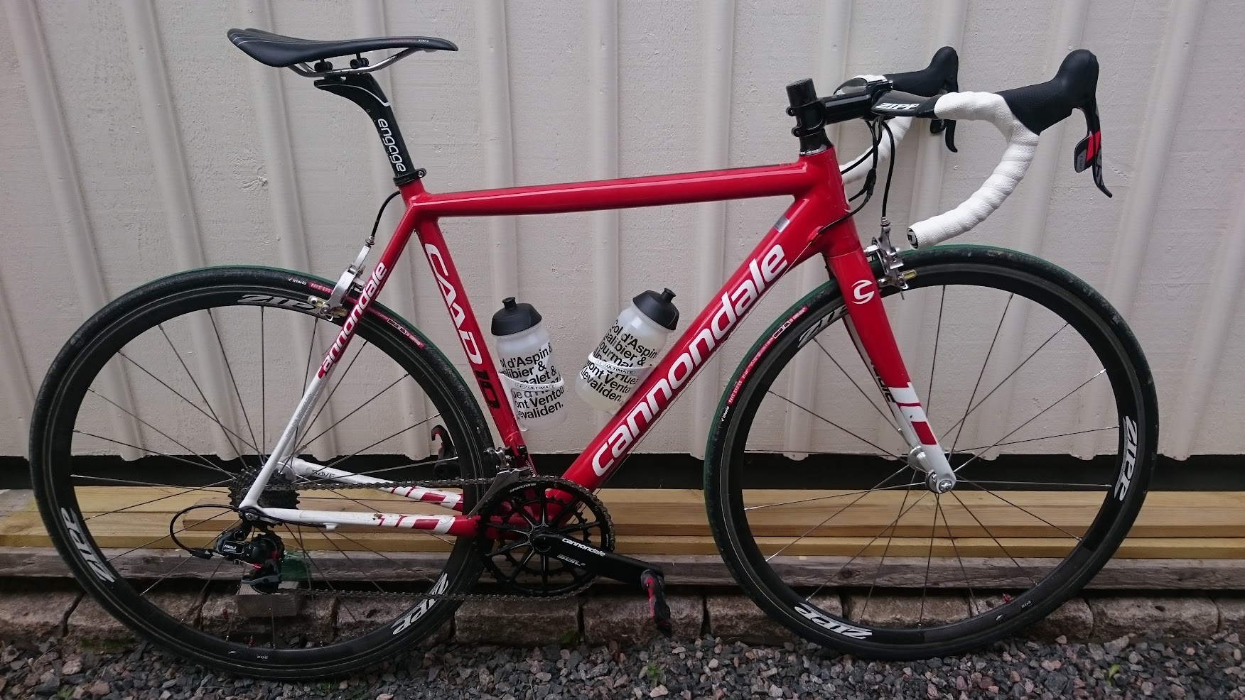 a Cannondale Caad10 With Sram