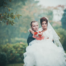 Wedding photographer Lena Bondarenko (lenabondarenko). Photo of 19.03.2015