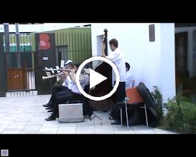 Video: Festa Major 2011, 4 de juny, sardanes a l'Espai Putxet amb la Cobla Popular