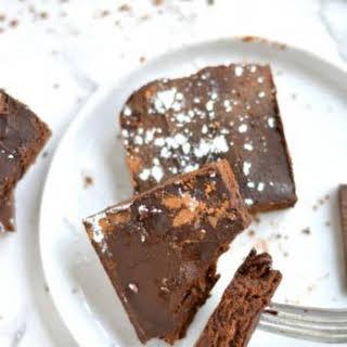100 Calorie Fudge Brownies {Low Cal, GF}.