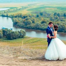 Wedding photographer Rinat Yamaev (izhairguns). Photo of 11.08.2014