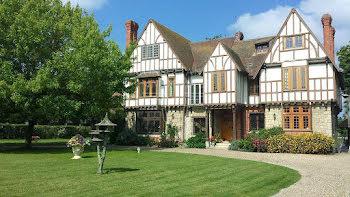 manoir à Chantilly (60)