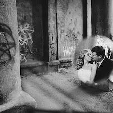 Wedding photographer Pavel Kuzmin (btnk). Photo of 28.12.2013