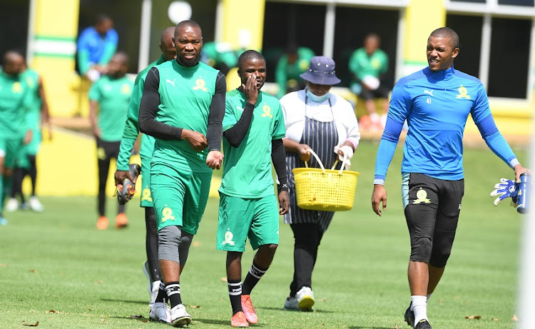 Mamelodi Sundowns player Sibusiso Vilakazi and teammates during the Mamelodi Sundowns training session at Chloorkop on April 08, 2021 in Johannesburg, South Africa.
