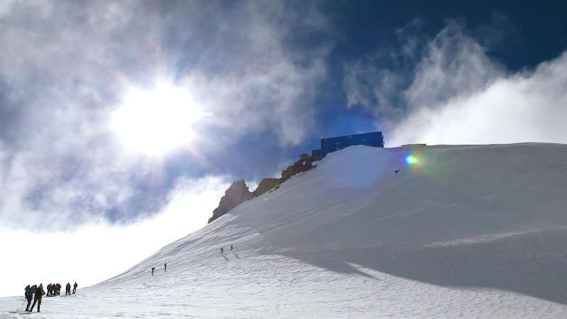 Verso l'alto - Capanna Reg. Margherita, M.te Rosa, 4'554 m di MTB_Friuli