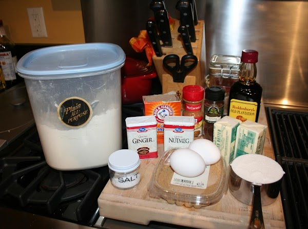 Mix all dry ingredients well, flour and spices. Melt butter in a small sauce...