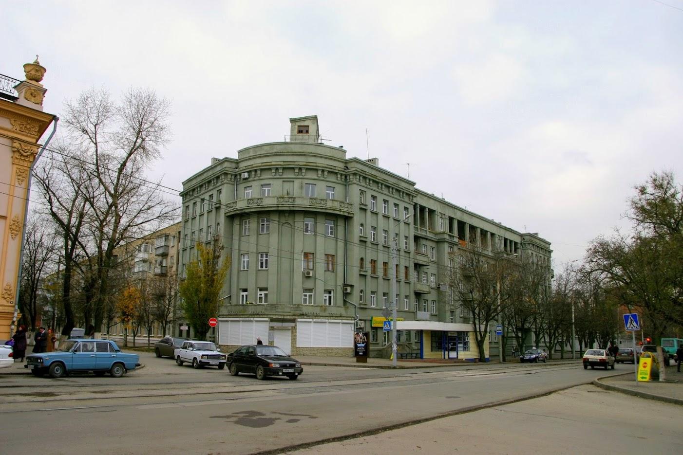 https://sites.google.com/site/istoriceskijtaganrog/frunze-ulica/dom-43