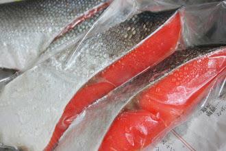 Photo: 木津商店さんの紅鮭 北海道産 入手困難な希少品だそうです。