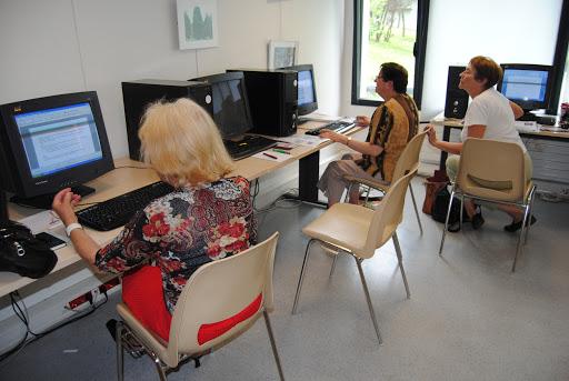 Atelier numérique à l'espace numérique de Dclic