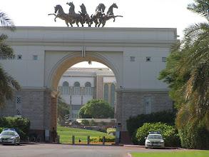 Photo: CB150027 ZEA - Dubaj - palac obecnego Sultana Zayed'a