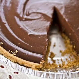 Creamy Carob Pudding Pie