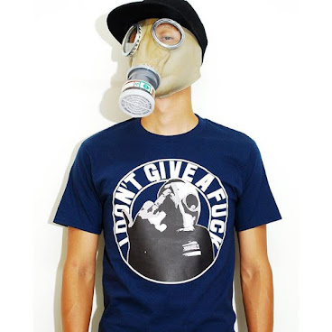I Dont give a fxxk tshirt (navy)