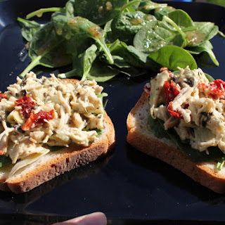 Open-Faced Chicken, Spinach and Artichoke Sandwiches – Easy Dinner Idea