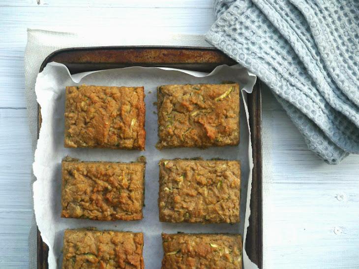 Apple & Zucchini Snacking Cake Recipe