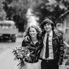 Wedding photographer Aleksey Astredinov (alsokrukrek). Photo of 03.10.2016