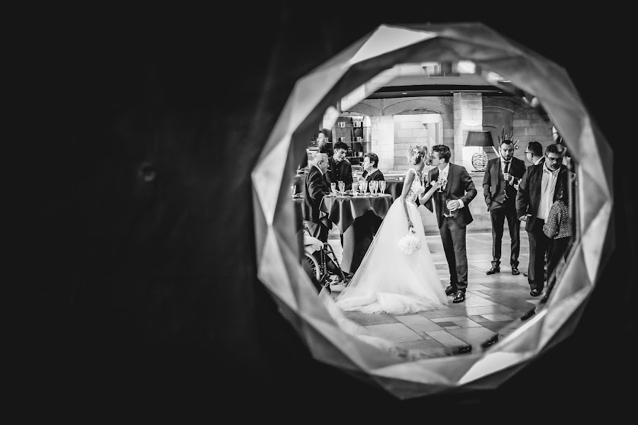 Wedding photographer Julien Laurent-Georges (photocamex). Photo of 19.09.2019