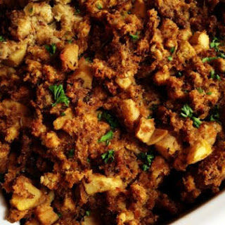 Sausage and Apple Cornbread Stuffing Recipe