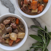 Dijon Beef Stew with Carrots and Mushrooms (Serves 2, Frozen)