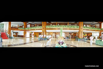 Photo: Don Chan Palace Hotel Foyerhttp://www.accommodationnear.net/Laos/Vientiane/Don_Chan_Palace_Vientiane