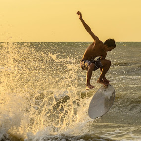 by Micah Orongan - Sports & Fitness Watersports