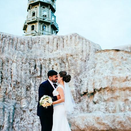 Wedding photographer Aleksey Chernykh (AlekseyChernikh). Photo of 01.10.2016