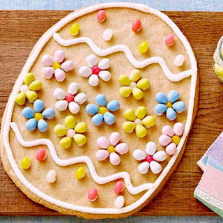 Giant Easter Egg Cookie.