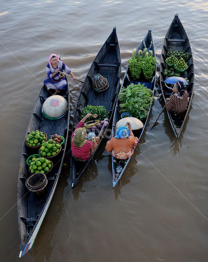 Floating Market, Lok Baintan. Borneo by Lazuardi Normansah - City,  Street & Park  Markets & Shops