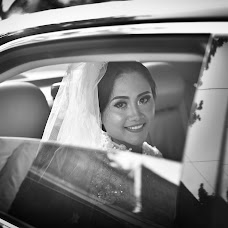 Wedding photographer Rizki Tri Puji Wanggono (rizkitripujiw). Photo of 25.05.2016
