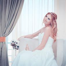 Wedding photographer Ekaterina Baturina (Katika). Photo of 01.04.2014