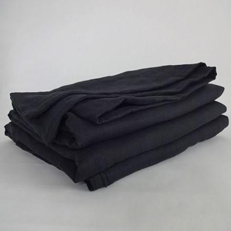 Svart påslakan i linne