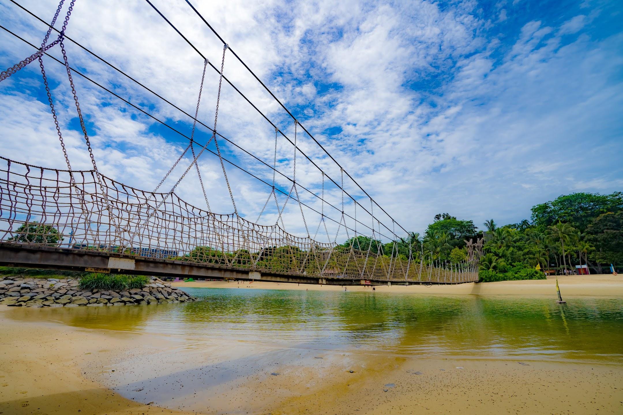 シンガポール セントーサ パラワンビーチ 吊り橋2