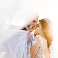 Wedding photographer Linda Vos (lindavos). Photo of 01.07.2019
