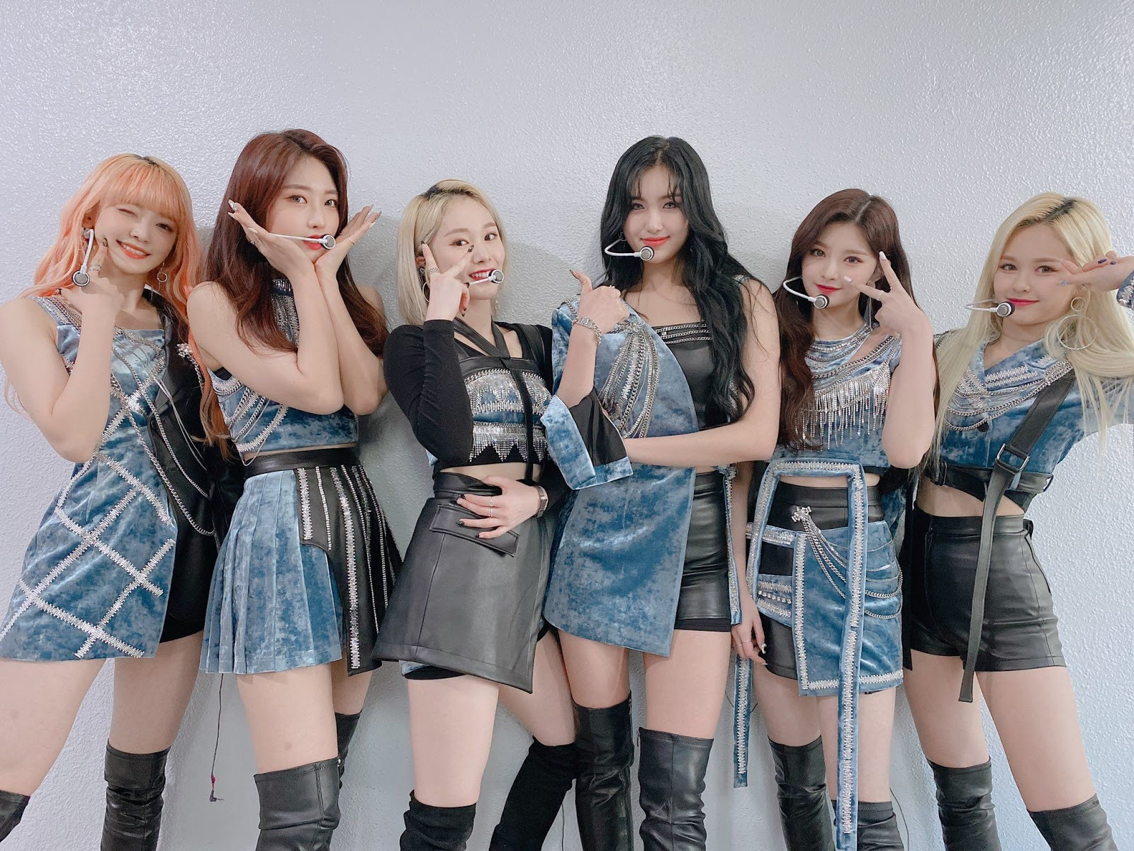 EVERGLOW Hit 100M Views For Two MVs In One Day, First Girl Group ...