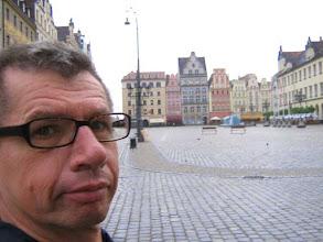 Photo: Marktplatz von Breslau. Noch leer da es noch sehr früh ist.