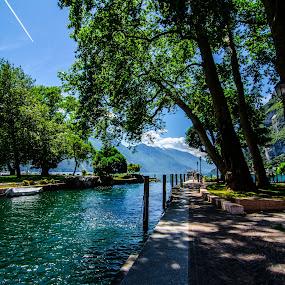 Summer colors by Mattia Bonavida - Landscapes Travel ( water, mountains, nature, garda, events, lake, tourism, landscape, italy )
