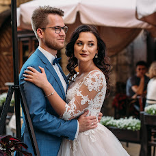 Wedding photographer Nazar Petryshak (PetryshakN). Photo of 06.10.2018