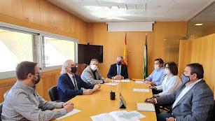 Reunión del Comité territorial de Salud Pública de Alto Impacto con la presencia de los directores de los hospitales almerienses.
