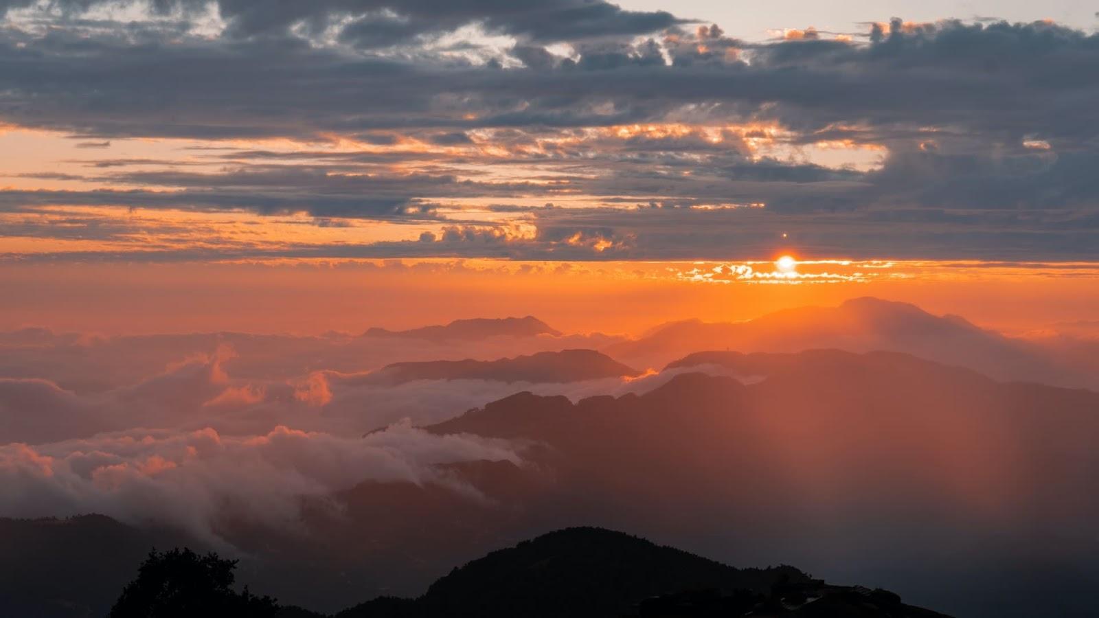 Sunrise view from The Godavari | best honeymoon destination for couples