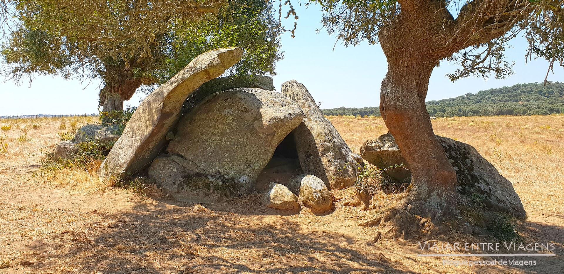 Dolmens em Évora - VISITAR ÉVORA, o que ver e fazer na cidade-museu, Património Mundial da UNESCO