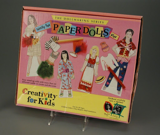 Kit | paper doll:Totally Fun Paper Dolls Plus