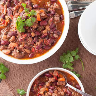 Amazing, Easy Beef Chili in the Slow Cooker.