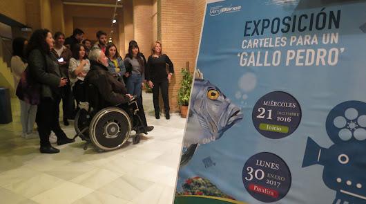 Alumando de la Escuela de Arte crea 16 carteles para el certamen 'Gallo Pedro'