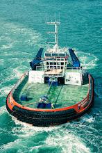 Photo: Barca remolque