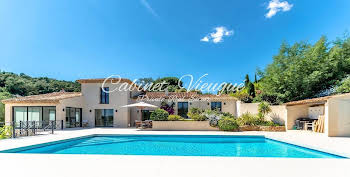 Villa 7 pièces 290 m2
