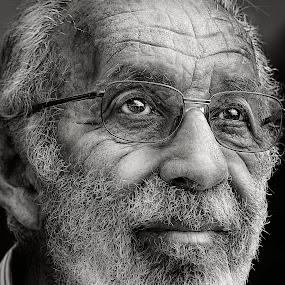 Shimson by PATT LULUQUISIN - People Portraits of Men ( senior citizen )