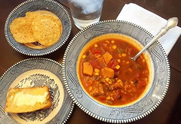 Fiesta Chicken & Rice Soup