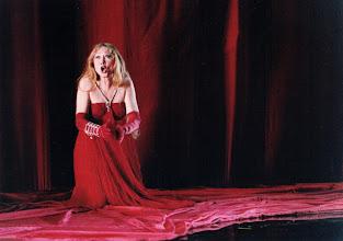 """Photo: Ortrun Wenkel  als Erda in """"Siegfried"""" am Théâtre des Champs-Elysées Paris Daniel Mesguich / Berislav Klobucar (Dieser Ring wurde in Nizza und Paris gespielt)"""