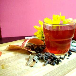 Apple Cinnamon Green Tea.
